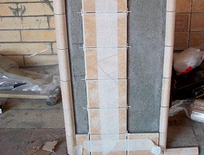 Колонна портала камина и Ассамблея